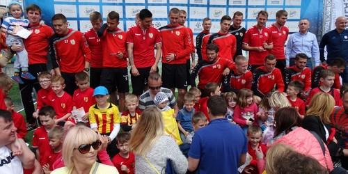 kielce sport Tłumy na piłkarskiej majówce z Koroną Kielce (ZDJĘCIA)
