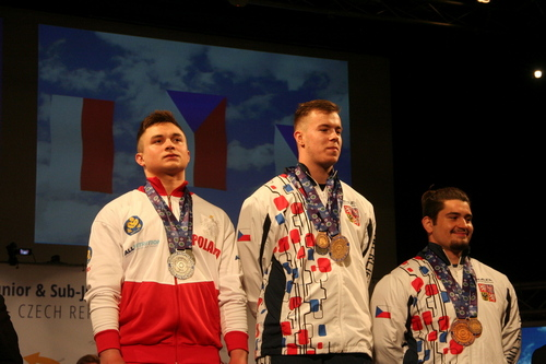kielce sport KS Tęcza-Społem ma Wicemistrza juniorów do lat 18 w trójboju siłowym