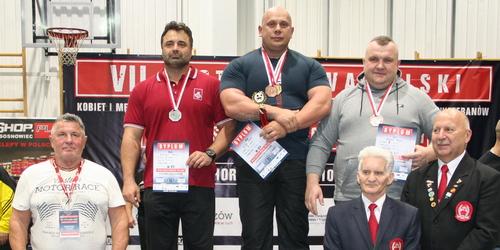 kielce sport Kielczanin medalistą w wyciskaniu