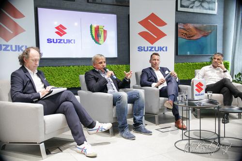 kielce wiadomości Suzuki Arena, nowa flota samochodów i wsparcie finansowe. Korona podpisała umowę z producentem samochodów
