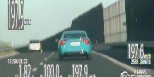 kielce wiadomości Kierowca volvo jechał blisko 200 km/h. Ale prawa jazdy nie str