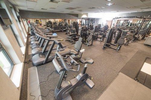 kielce wiadomosci Niegospodarność w Nowinach. Wójt otworzył siłownię a za sprzęt przepłacił blisko 300 tysięcy