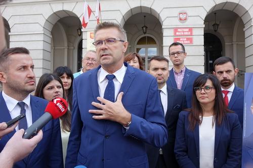 kielce wiadomości Bogdan Wenta był w ZOMO i zrzekł się polskiego obywatelstwa. Ale proces z posłem Tarczyńskim wygrał
