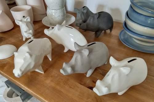 kielce wiadomości Ceramiczny dzik kolejnym kieleckim gadżetem