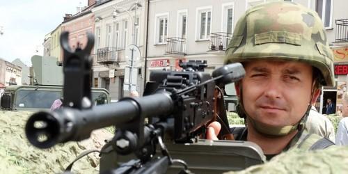kielce wiadomości Żołnierze z Bukówki świętowali na Rynku Dzień Weterana (ZDJĘCI