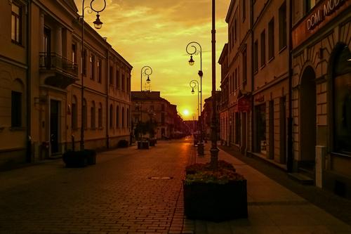 kielce wiadomości Jakie zawody są poszukiwane w Kielcach?