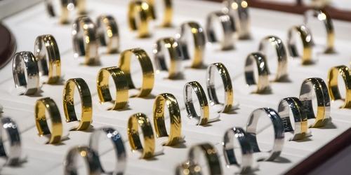 kielce wiadomości Kielczanka ukradła 23 pierścionki