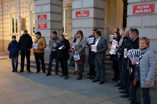 kielce wiadomości KUKIZ'15 protestował przeciwko ACTA2 (WIDEO)