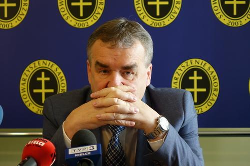 kielce wiadomości Wojciech Lubawski ponownie wygra wybory? Prowadzi we wszystkich sondażach