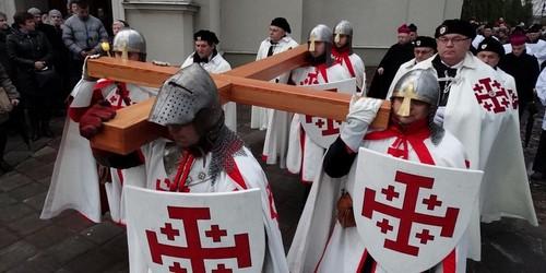 kielce wiadomości Ulicami Kielc przejdzie droga krzyżowa