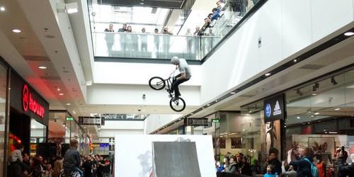 kielce wiadomości Fruwające rowery w Galerii Echo (ZDJECIA,WIDEO)