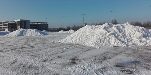 kielce wiadomości Targi Kielce już odśnieżone. Wywieźli 4000 ton śniegu