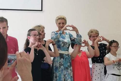 kielce wiadomości Pierwsza Dama odwiedziła Kielce. Spotkała się z niepełnosprawnymi dzieciakami