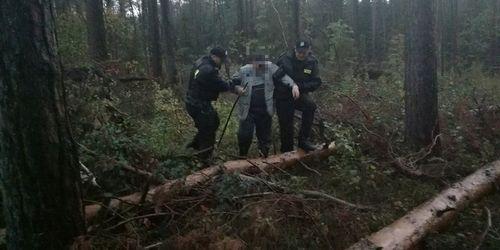 kielce wiadomości Policjanci odnaleźli zaginionego grzybiarza