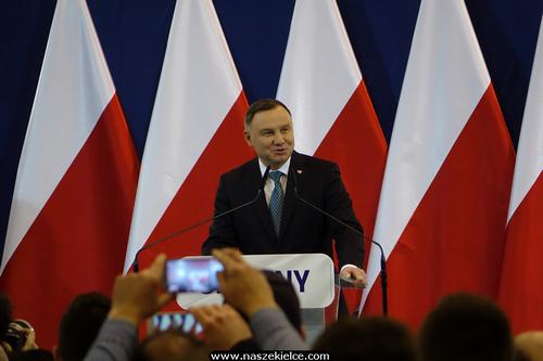 kielce wiadomości Andrzej Duda w Chęcinach. Tłumy mieszkańców na spotkaniu (ZDJĘCIA,WIDEO)