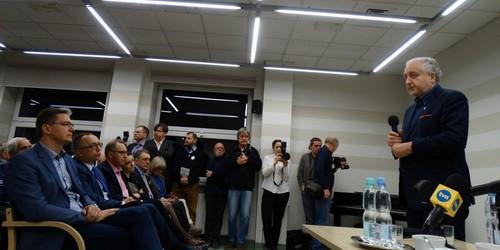 kielce wiadomości Tłumy na spotkaniu z profesorem Rzeplińskim (ZDJĘCIA)