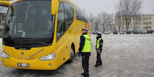 kielce wiadomości Policjanci kontrolują autokary