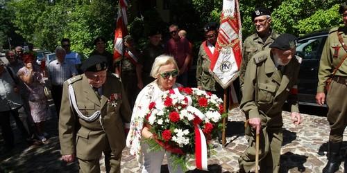 kielce wiadomości 72 lata temu rozbito kieleckie więzienie na Zamkowej (ZDJĘCIA)