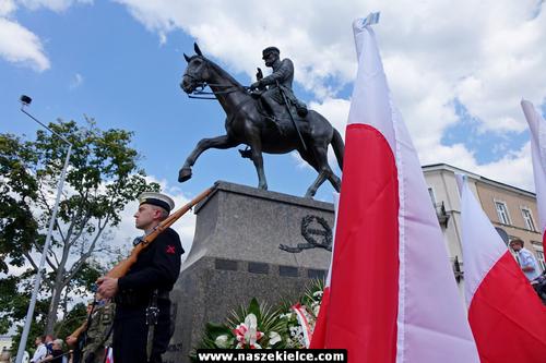 kielce wiadomości Kielczanie uczcili Święto Wojska Polskiego (ZDJĘCIA,WIDEO)