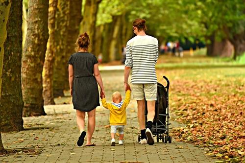 kielce wiadomości Kościół chce wyszkolić specjalistów do spraw rodziny. Szuka chętnych
