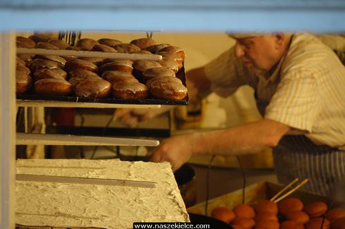 kielce wiadomości Kielczanie oblegali cukiernie. Za nami Tłusty Czwartek (ZDJĘCIA,WIDEO)