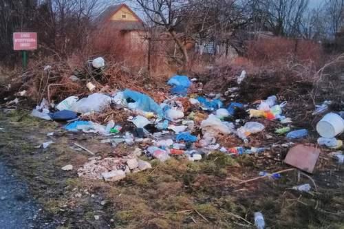kielce wiadomości Góry śmieci na przedwiośnie