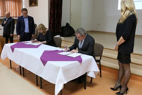 kielce wiadomości Szkoły z Kielc i ukraińskiej Winnicy będą współpracowały