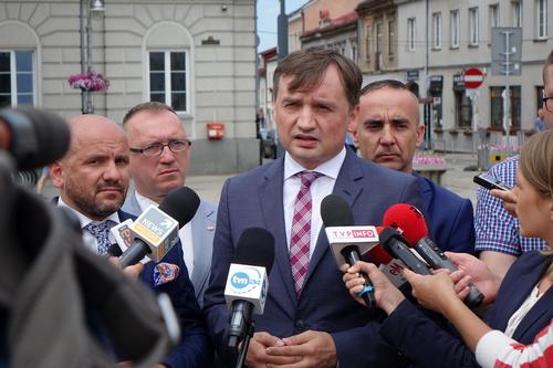 """kielce wiadomości Zbigniew Ziobro """"jedynką"""" na liście PiS"""