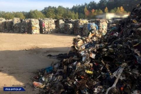 kielce wiadomości Kieleckie CBŚP rozbiło mafię śmieciową