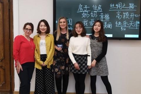 kielce wiadomości Żacy lepiej poznają kulturę Chin. Zmierzą się również z nauką języka