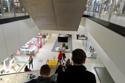 kielce wiadomości Kielczanka kradła w galerii handlowej