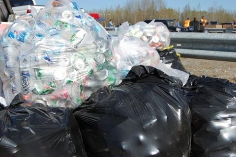 kielce wiadomości Powraca problem ze śmieciami. Wojewoda unieważnił zarządzenie prezydenta Kielc