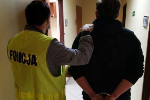 kielce wiadomości Z Internetu do celi. Świętokrzyscy kryminalni zatrzymali internetowego pedofila