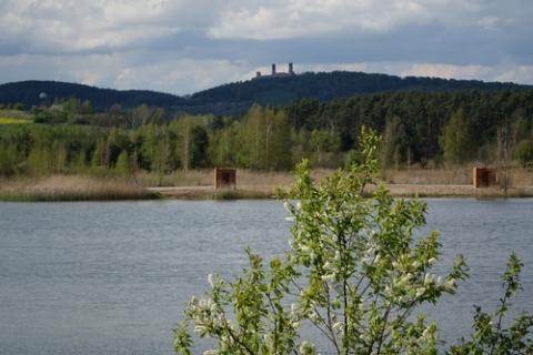 kielce wiadomości Zalew w Lipowicy będzie kolejną atrakcją turystyczną Chęcin. Dobiega końca modernizacja akwenu i terenów przyległych (ZDJĘCIA)